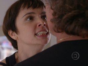 Resumão Avenida Brasil: Nina declara guerra total a Max - Confira as emoções do capítulo de segunda, dia 10
