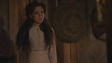 Lado a Lado, capítulo de sexta-feira, dia 14/09/2012, na íntegra - Isabel descobre que Zé Maria é capoeirista