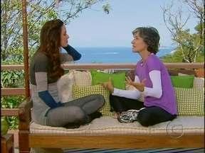 Em aula de pilates, Cassia Kiss analisa: 'Eu me considero uma buscadora' - Atriz fala dos benefícios da atividade para seu corpo e mente