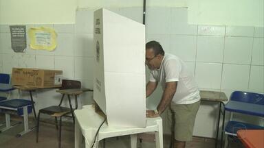 Elias Gomes, José Ivaldo e Carlos Santana são eleitos em Jaboatão, Cabo e Ipojuca - Muito movimento no dia da eleição em Jaboatão dos Guararapes, na Região Metropolitana. No Cabo de Santo Agostinho e em Ipojuca, no Litoral Sul, a eleição também contou com a participação de muitos eleitores.