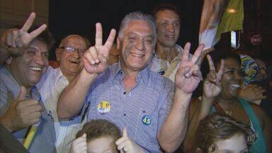 Gabriel Ferrato (PSDB) é eleito como o novo prefeito de Piracicaba (SP) - O candidato Gabriel Ferrato (PSDB) foi eleito prefeito de Piraciaba (SP) com 73,54% dos votos neste domingo (7). Em segundo lugar ficou Roberto Felício (PT) com12,27%.