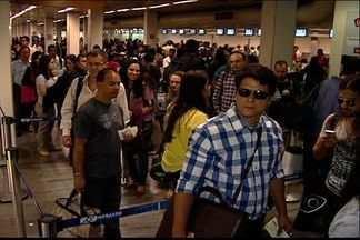 Voos da Azul são cancelados no Aeroporto Eurico Salles em Vitória - Operações foram suspensas após problemas no Aeroporto de Campinas. Liberação depende de retirada da aeronave, limpeza e conserto da pista.