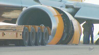 Acidente fecha aeroporto de Campinas e cinco voos de Ribeirão Preto são cancelados - Pneu de avião cargueiro furou e mais de 300 voos foram cancelados.