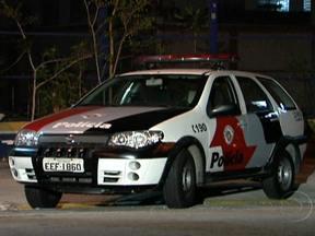 Número de homicídios não para de aumentar em São Paulo - Pelo menos sete pessoas foram assassinadas na madrugada de sábado (27), Os homicídios têm aumentado muito. Entre setembro de 2011 e setembro de 2012, o número quase dobrou.