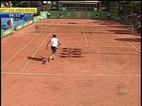 Argentino vence o aberto de tênis de São Leopoldo, RS - Jogo foi decidido no tie break.