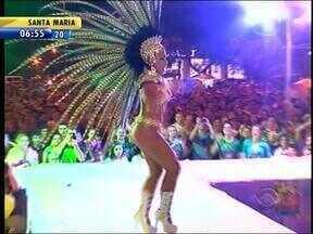 Corte do Carnaval fora de época de Uruguaiana é escolhida - Cerca de 7 mil pessoas acompanharam o evento.