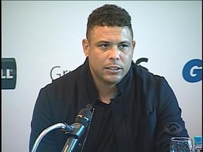 Ronaldo concedeu entrevista coletiva em Porto Alegre - Fenômeno será o capitão de um dos times no evento que ocorrerá dia 19 de dezembro, na Arena do Grêmio.