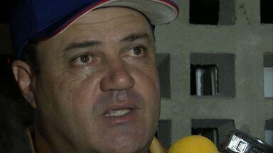 Vica fica no Fortaleza e Baquit tentará reeleição - Técnico e presidente do time voltaram atrás