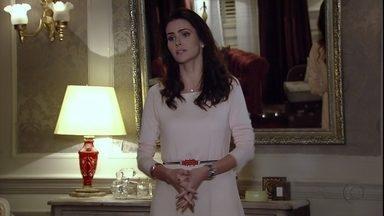 Amanda tenta impedir a entrada de Yolanda na casa de Leonor - Rachel e Amanda discutem e Stenio ouve Rachel dizer que não queria nada com ele