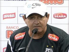 Muricy se revela surpreso com queda de Mano Menezes - Contrato do técnico do Santos vai até dezembro de 2013 e prevê multa caso Muricy deixe o clube.