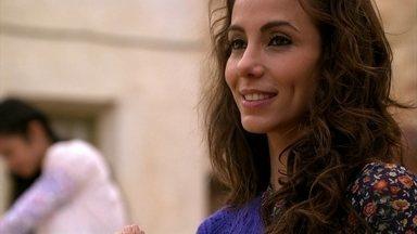 Ayla garante a Tamar que seu noivo não se envolverá mais com turistas - Enquanto Bianca e o guia namoram na caverna, as duas irmãs conversam. Zyah diz que precisa ir para Istambul
