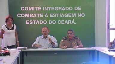 Representantes dos municípios que sofrem com a seca no Ceará se reúnem em Fortaleza - Eles pedem ajuda para não sofreram mais ainda com efeitos da seca.