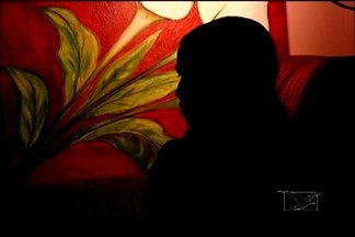 Mulheres estão mais conscientes de seus direitos, diz Centro de Referência de Imperatriz - As mulheres estão mais conscientes de seus direitos e denunciando mais os maus tratos e agressões dos companheiros. A informação é do Centro de Referência em Atendimento à Mulher Vítima de Violência, em Imperatriz.
