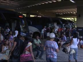 Cerca de 40 mil pessoas devem sair de Salvador pela rodoviária nesta sexta - Até o dia 31 de dezembro, 1.800 horários extras serão disponibilizados.