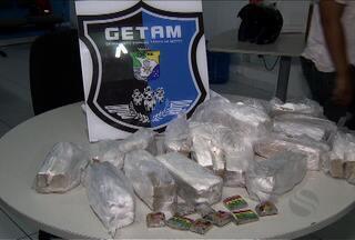 Polícia de SE apreende maconha em embalagem com mensagem de Natal - Polícia de SE apreende maconha em embalagem com mensagem de Natal