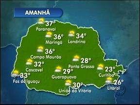 Calor e pancadas de chuva neste sábado - O vento que sopra de sul deixa o dia menos quente que os anteriores