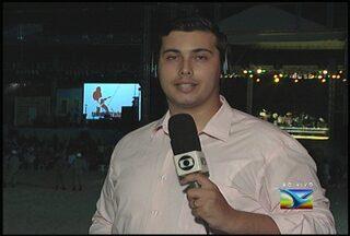 Padre Fábio de Melo faz show na Lagoa da Jansen - Show inicia programação de eventos para a virada do ano. Ele será acompanhado da Natalina da Paixão e o Coral São João.