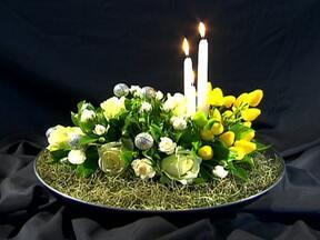 Conheça as flores mais indicadas para festejar a chegada de 2013 - O vermelho do Natal saiu de cena e agora o branco se destaca nos arranjos para o réveillon. A cravina, o lírio da paz, alstromélia e o copo-de-leite são algumas flores indicadas para a decoração.