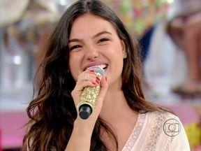 Isis Valverde solta a voz e canta música de sua personagem em microssérie - A atriz falou sobre sua personagem, uma musa do axé em O Canto da Sereia