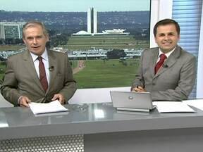 Carlos Campbell relembra trajetória como apresentador do DFTV - O programa DFTV completa 30 anos. Carlos Campbell, um dos primeiros apresentadores do telejornal, relembra a trajetória do programa.