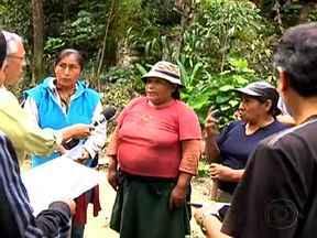 Seguem as buscas pelo jovem que está desaparecido há 18 dias no Peru - A Polícia Nacional Peruana, com especialistas em resgate em montanha, iniciaram a trilha de 50km, que separa Cuzco de Machu Picchu. Os pais do rapaz ofereceram recompensa para quem informar o paradeiro jovem.