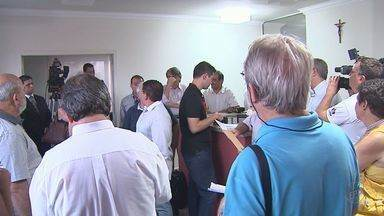 Moradores e associações de Ribeirão fazem reunião contra aumento do valor do IPTU - Grupo pretende reverter o aumento com uma ação na Justiça.