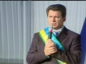 Justiça Federal suspende direitos políticos do senador Ivo Cassol (PP) - A Justiça condenou o senador a suspensão de direitos políticos por cinco anos e a pagar multa de R$ 300 mil. A condenação foi resultado de uma investigação do MP sobre compra de votos.