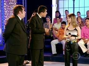Pedrão não reconhece Sandy e azucrina a vida da cantora - Celebridade estava participando de um programa de auditório