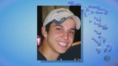 Jovem de 21 anos é atingido por bala no abdome em São João da Boa Vista - Jovem de 21 anos é atingido por bala no abdome em São João da Boa Vista.