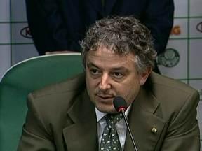 Novo presidente do Palmeiras é eleito - Paulo Nobre superou Décio Peerin na eleição. Foram 153 votos contra 106 do adversário. O novo presidente Paulo Nobre tem 44 anos e seu mandato vai até outubro de 2014.