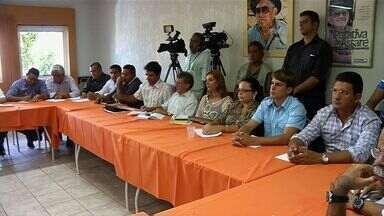 Prefeitos do Cariri se reúnem para discutir construção do aterro sanitário - Aterro deve abrigar dez municípios da região.