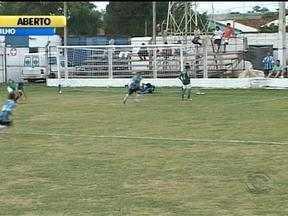 Grêmio e Inter se classificam na Copa Santiago de futebol juvenil - Veja os gols das partidas.