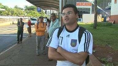 Motoristas de ônibus em Ribeirão Preto fazem nova paralisação - Eles reivindicam melhores condições de trabalho.