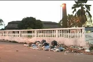 Cais de Pindaré-Mirim volta a ser tomado pelo lixo - O caso foi mostrado no início do mês passado no JMTV. A prefeitura mandou limpar a área, mas a sujeira já reapareceu.