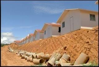 Governo conclui primeiras casas populares em Nova Friburgo, RJ - Pelo menos 21 casas das 150 previstas estão prontas.Meta é entregar todas as moradias até março deste ano.