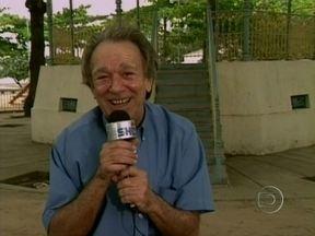 Programa relembra visita de Emiliano Queiroz a Sucupira, em 2000 - Cidade fictícia de O Bem Amado! ficava em Sepetiba