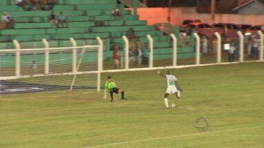 Cacerense foi surpreendido em casa pelo Luverdense - O time de Lucas do Rio Verde venceu e assumiu a liderança.