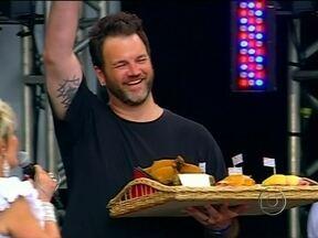 'Vamo na padoca, meu?' Jimmy mostra a paixão dos paulistanos por padaria - O nosso ogro da cozinha prova do pão na chapa até a canja