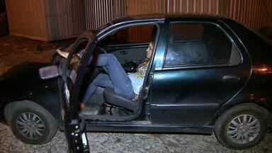Motorista inabilitada é presa após dirigir em zigue-zague em rodovia de MG - Mulher estava com sintomas de embriaguez e deu trabalho a policiais