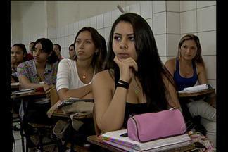 Cerca de 15 mil candidatos vão realizar a prova do vestibular da Ufra - Cerca de 15 mil candidatos irão realizar a prova do vestibular da Universidade Federal Rural da Amazônia (Ufra) no domingo, 27.