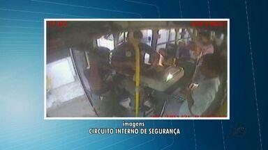 Cobrador fica ferido em assalto a van em Fortaleza - Segundo sindicato, todos os assaltos a vans de transporte alternativo ocorreram na linha Caça e Pesca-Centro