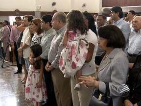 Prefeito ACM Neto completa 34 anos e participa de missa neste sábado - A celebração religiosa foi realizada no Santuário de Irmã Dulce, na Cidade Baixa.