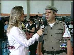 'Não caiu a ficha ainda', diz capitão do Corpo de Bombeiros - Capitão Edi Paulo Garcia participou do salvamento das vítimas