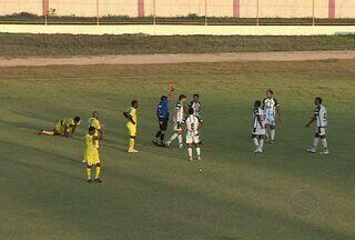 Estanciano empata com o Lagarto em 0 a 0 - A torcida do Estanciano compareceu para apoiar o time que jogava em casa. Lanterna do Grupo B, a equipe teve uma atuação ofensiva no primeiro tempo. o time da cidade de Lagarto também teve chances de gols, mas a partida terminou em 0 a 0