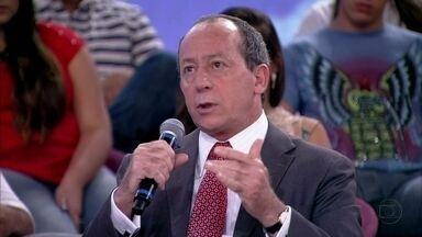 João Tancredo critica legislação de ocasição e opina sobre prisões temporárias - Advogado afirma que Brasil tem ótimas leis, que só precisam ser aplicadas