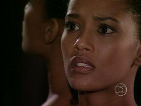 Preta acusa Paco de ser fraco e covarde - Paco tenta se explicar para a amada e se declara