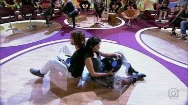 Dupla interpreta 'Primeiros Erros' - Música é um dos sucessos do cantor Kiko Zambianchi