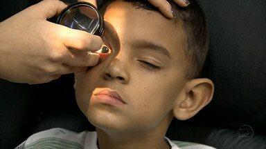 Visão das crianças deve ser monitorada por pais e professores - Na época da alfabetização fica mais fácil de identificar deficiência