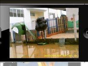 Correspondente JA mostra denúncia de moradores de Palhoça que sofrem com inundações - Correspondente JA mostra denúncia de moradores de Palhoça que sofrem com inundações