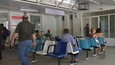 Justiça determina que espera não passe de 6 horas no Hospital de Saúde Mental de Messejana - A direção da unidade, em Fortaleza, alega que não tem estrutura para cumprir a decisão.